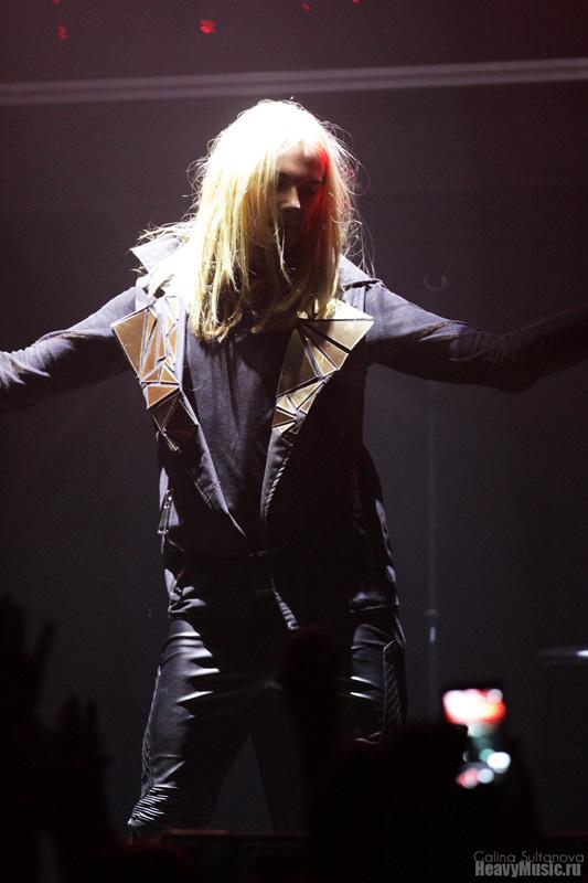 Бессменный вокалист этой популярной немецкой группы - jack strify - возвращается на сцену со своим новым концертным