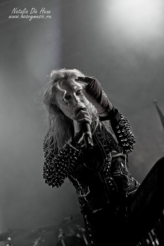 Фотография Arch Enemy #7, 10.12.2011, Germany, Geiselwind, Eventhalle
