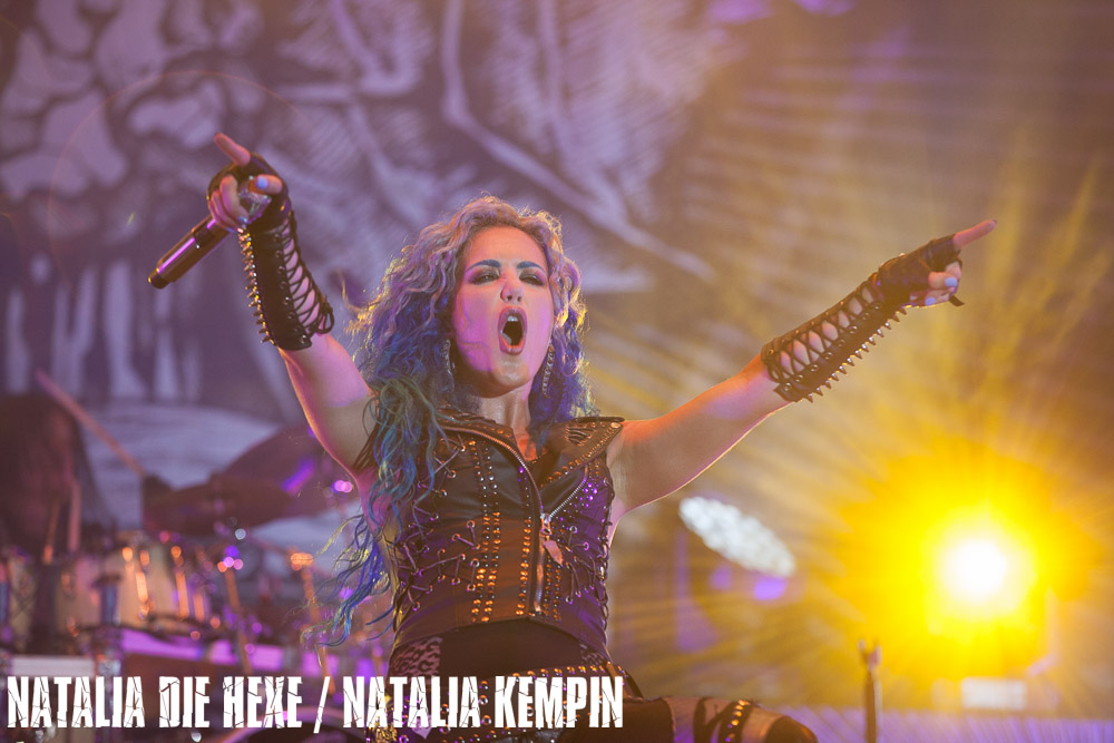 Фотография Arch Enemy #7, 17.08.2018, Germany, Dinkelsbühl, Summerbreeze Open Air